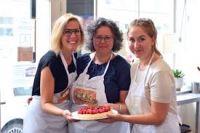 Samen kokkerellen tijdens de bakworkshop in Berckelhof